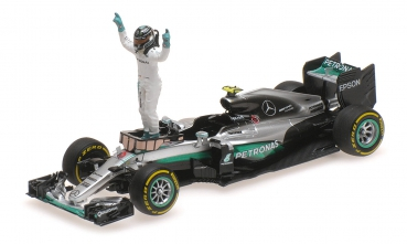 Mercedes AMG F1 Team W07 Hybrid No.6 Abu Dhabi GP - Formula 1 World Champion 2016 (with Nico Rosberg figurine)