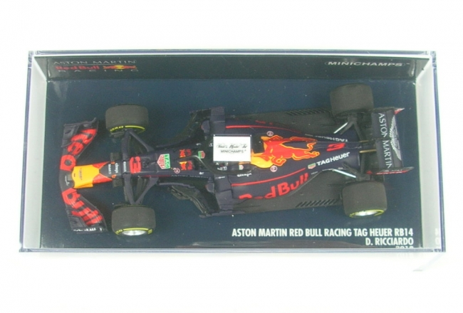 Aston Martin Red Bull Racing RB14 No.3 Formula 1 2018 (Daniel Ricciardo)